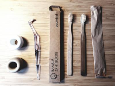 Zahnbürsten-zero-waste-Bambus-Swak-vegan-plastikfrei-minimalistisch